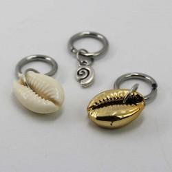 Shell pendant dreadbead